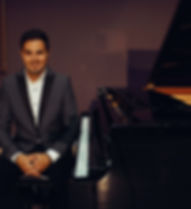 chris-wedding-corporate-pianist-for-hire