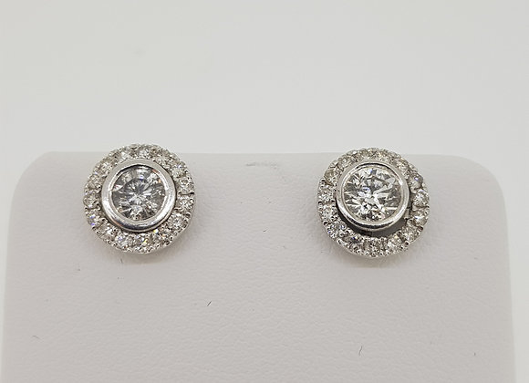 Collet set halo studs d.92cts halos.55cts