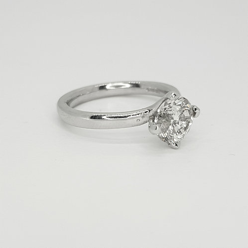 Platinum diamond solitaire ring d1.51cts