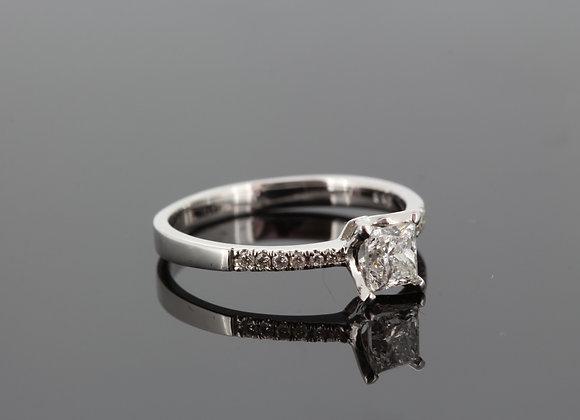 Princess cut diamond ring cs.63cts