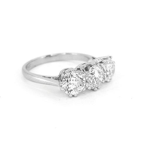 2.34 carat  g colour 18 carat gold ring