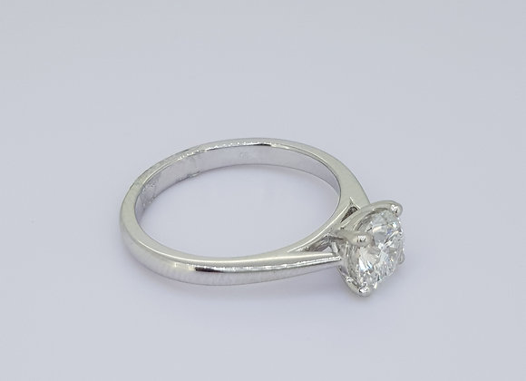 Solitaire diamond ring F colour Si2 cert  1.0cts