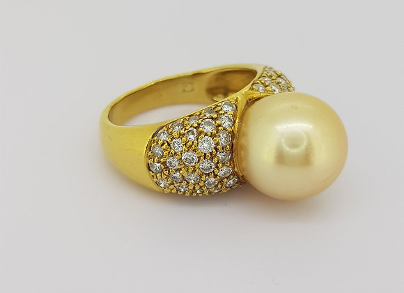 Golden south sea pearl and diamond ring.