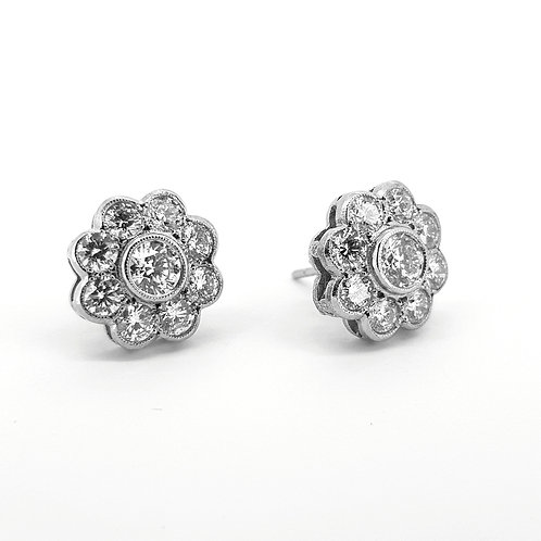 Flower diamond cluster studs