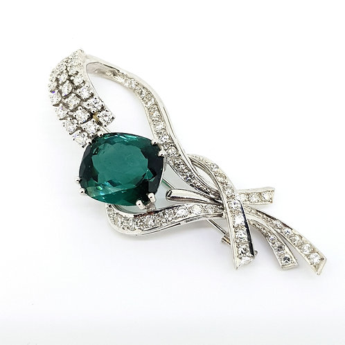 Green tourmaline and diamond cluster brooch est 3.6CTS
