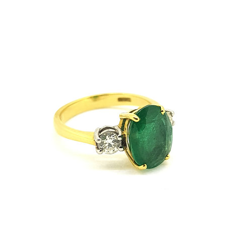 Emerald and diamond three stone Emets. 2.0Cts D0.30Cts