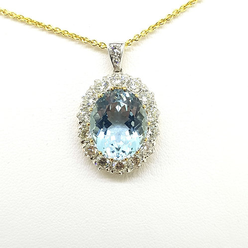 Aquamarine and diamond cluster pendant Aq7.0Cts D1.70Cts