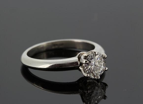 Platinum and diamond solitaire ring cert..91g colour si1