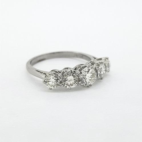 18Ct Five stone diamond ring 2.0Cts