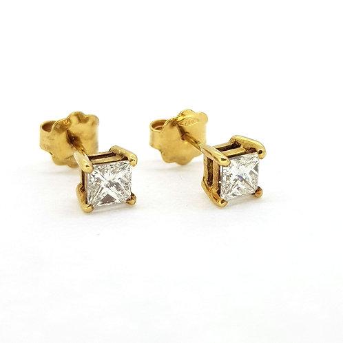 Princess cut diamond earrings D1.01Cts H/I col VS1