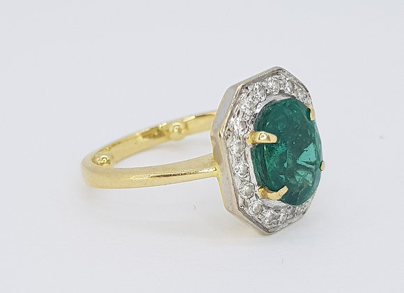natural emerald and diamond ring. emerald est 2.5cts