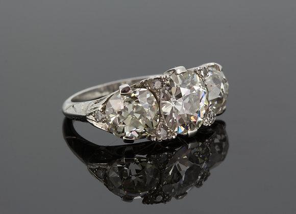 Three stone diamond ring 5.50cts 1950s