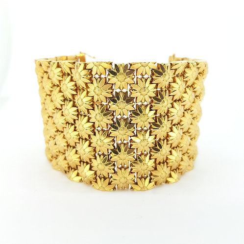 18 carat bracelet 123.4 grams