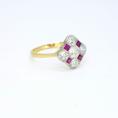 Ruby diamond cluster ring 18ct and platinum D0.80Cts
