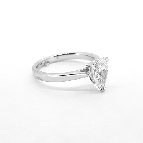 Pear shaped diamond ring I/J col Si1 1.20Cts