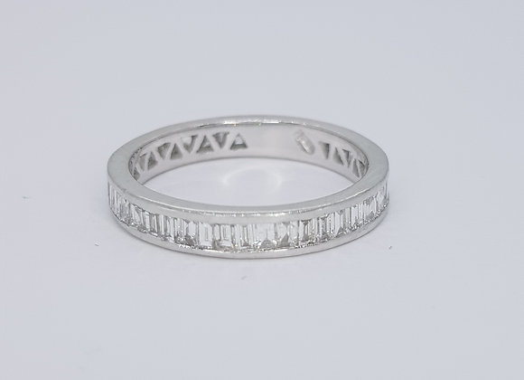 Full Eternity band est 1.40cts 18ct size O