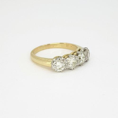 18 carat 4 stone diamond ringD1.25CTS
