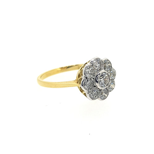 Diamond daisy cluster ring D1.25CTS