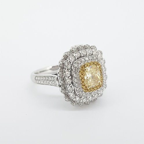 Yellow diamond GIA cert. 1.0CTS WD1.09CTS cluster ring