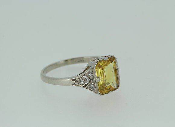 Platinum Yellow sapphire and diamond ring ys.2.0cts d.35