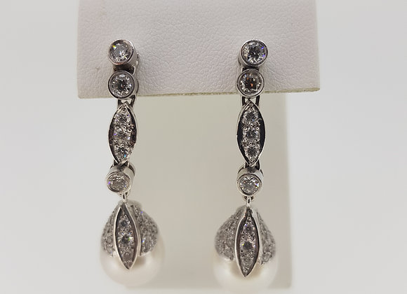 Southsea pearl and diamond earrings d2.50est cts