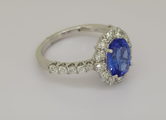 Tanzanite and diamond cluster ring tz2.0cts d1.10cts