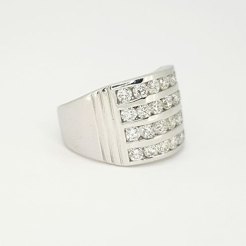 Channel set diamond ring est. D2.0CTS