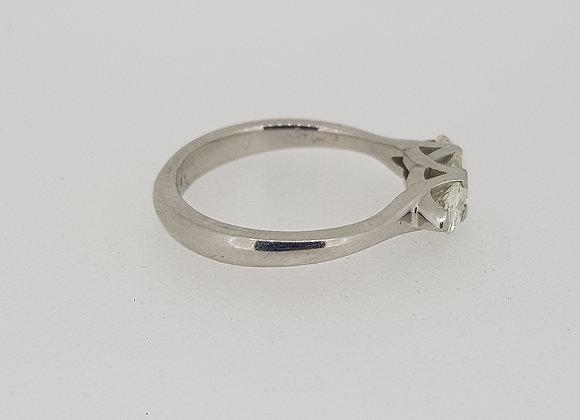 Platium diamond 3 stone ringl