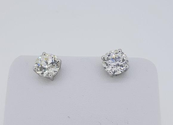 Diamond studs 2.86cts G/H VS2