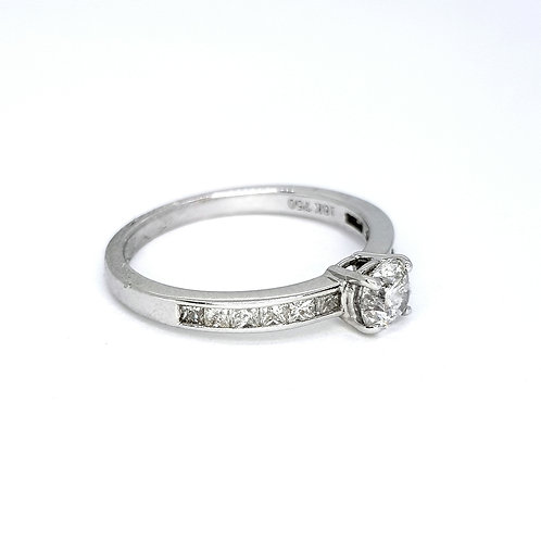 Solitaire diamond ring with diamond shoulders D0.51CTS X 0.43CTS