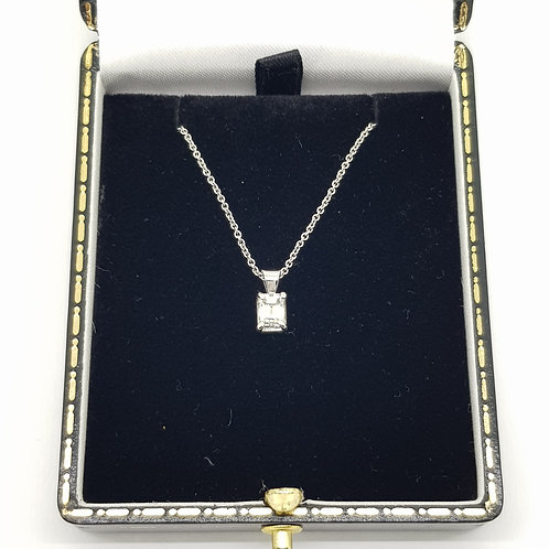 Emerald cut diamond pendant 0.53Cts