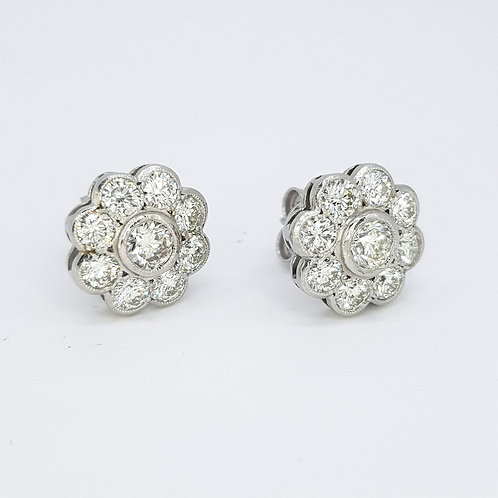 Daisy cluster diamond earrings 2.60cts
