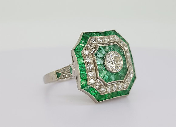 Emerald and diamond cluster ring platinum