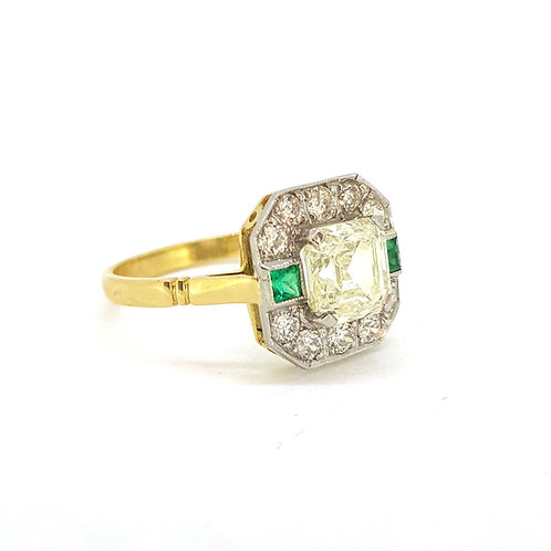 Emerald and diamond cluster ring platinum D1.70Cts D0.40Cts