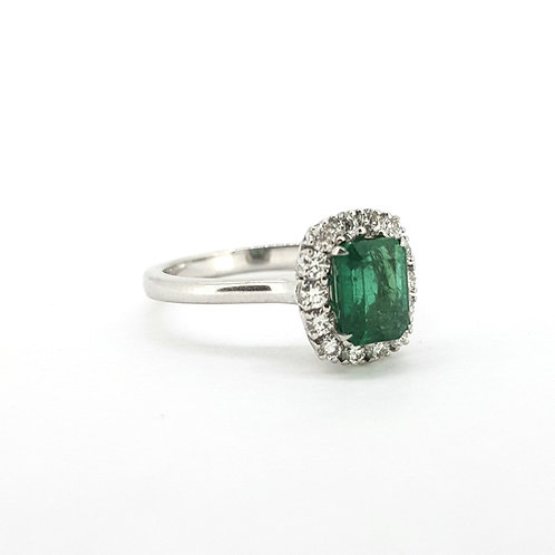 Emerald and diamond cluster ring Em1.13Cts D0.39Cts