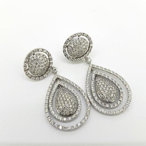 18 carat diamond drop earrings estimated 6 carats of diamonds