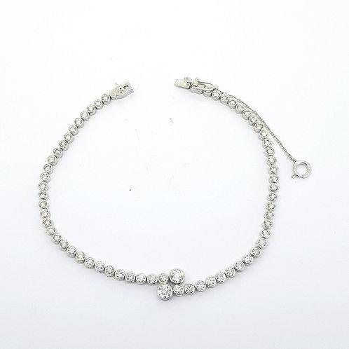 Bezel set line bracelet TDW 2.64Cts