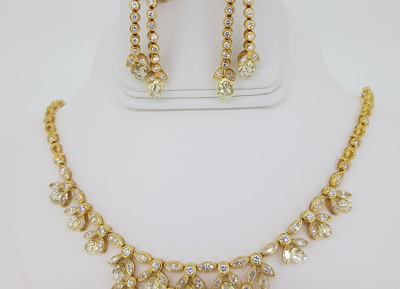 Diamond briolette necklace and earrings set.
