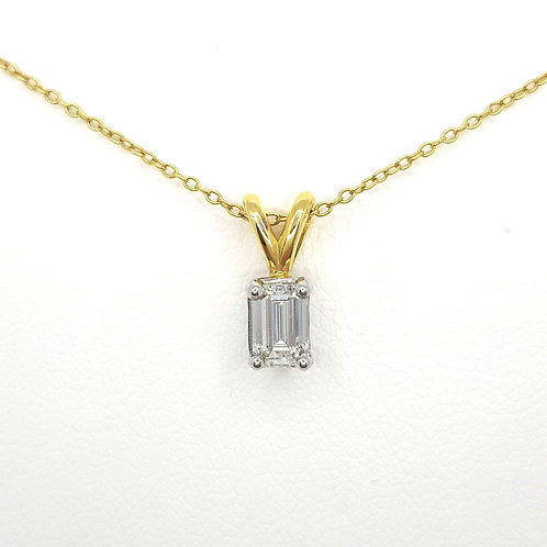 Emerald cut diamond and chain  St0.50CTS