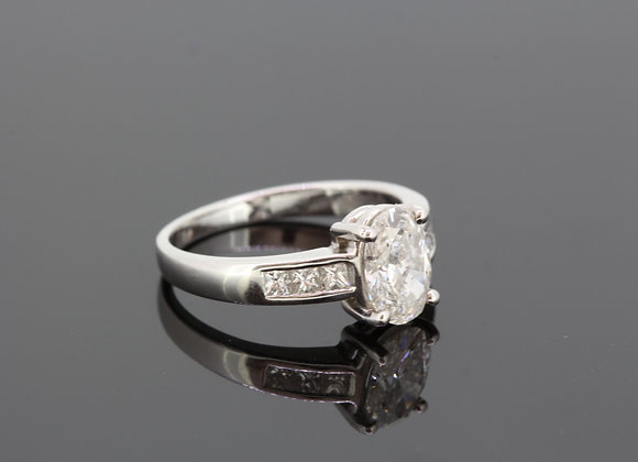 Oval diamond solitaire ring d1.22cts  x .36cts