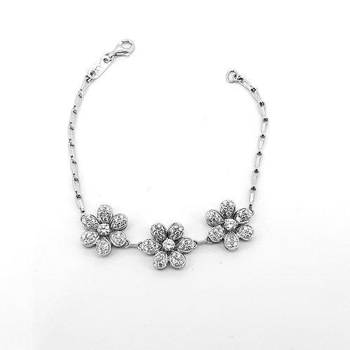 Diamond daisy cluster bracelet Est D2.25Cts