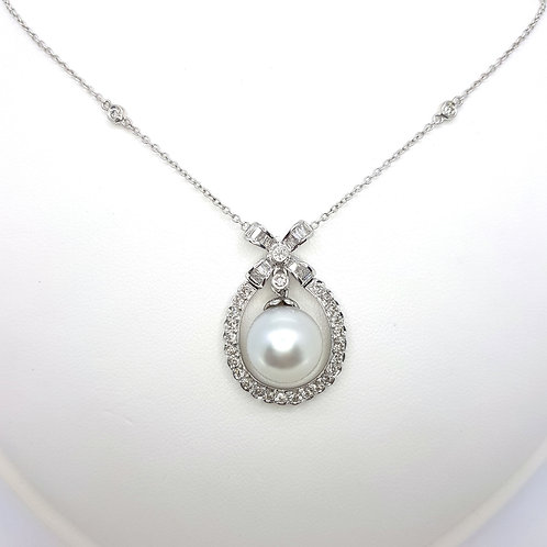 Southsea pearl and diamond pendant P11MM Dest.1.40CTS