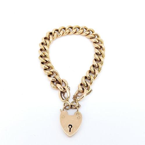 9CT Curb bracelet and Locket 22.9gms