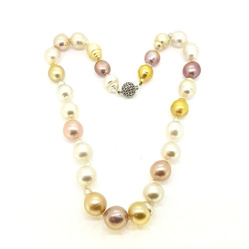 Southsea Pearl's with pink freshwater Pearl's with a diamond clasp