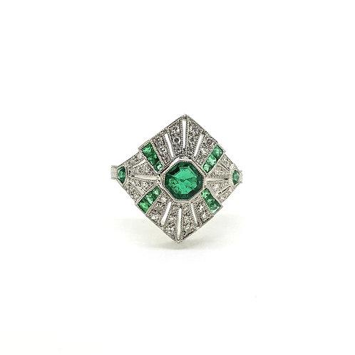 Deco Emerald and diamond ring platinum