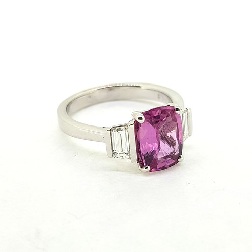 Pink sapphire and baguette diamond ring PS2.19Cts D0.45Cts