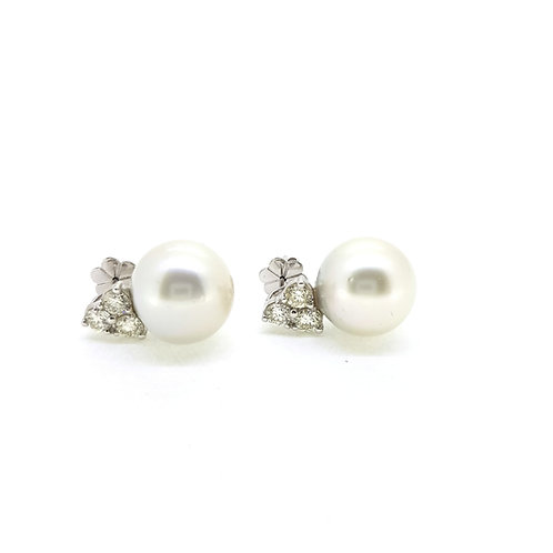 Pearl and diamond earrings P15mm D1.70Cts