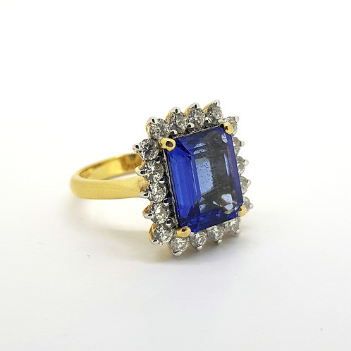 Tanzanite and diamond cluster ring Tz4.45Cts D1.04Cts