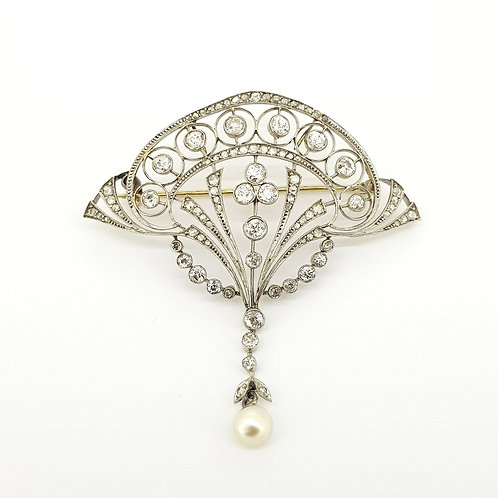 Art deco platinum and diamond brooch natural pearl