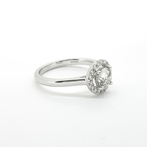 Diamond halo ring